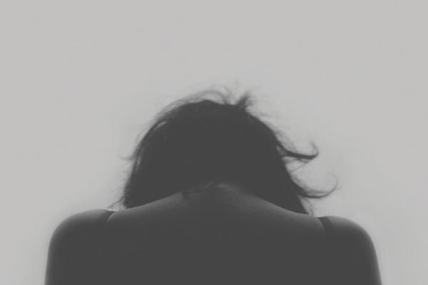 Symptômes principaux du cancer des ovaires